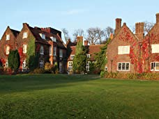 Hertfordshire Manor House Break for Two with Three-Course Meal and Bottle of Prosecco