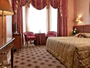 Central London Kensington Stay for Two