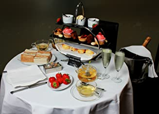 Afternoon Tea for Two Including Prosecco with Chocolate Dipped Strawberries