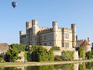 One-Day Coach Tour to Leeds Castle, Dover and Canterbury